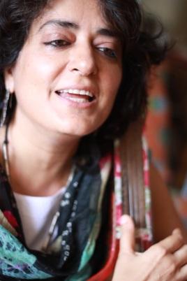 shabnam-tambura1-shot by Smriti Chanchani_low res